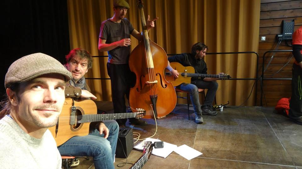 Les musiciens du groupe Malowad